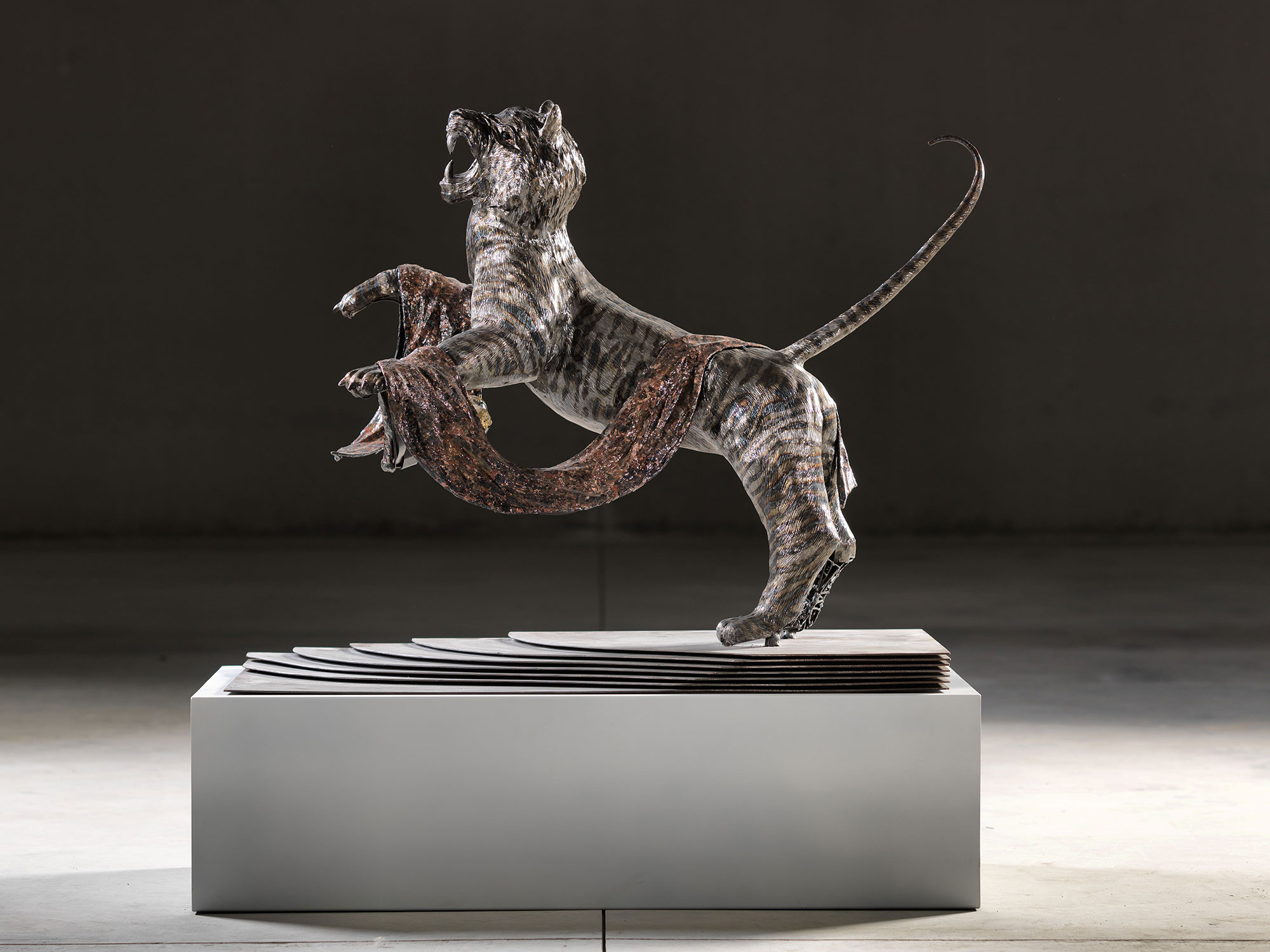 Isaia Zilli - Tiger Statue